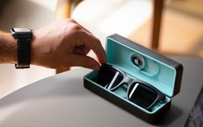 Dusk: App-enabled electrochromic smart sunglasses